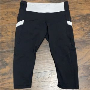 Black and Gray LuLuLemon Pants